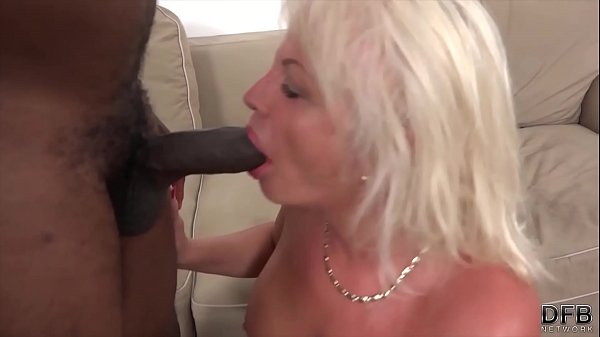 Swallow, Black cock