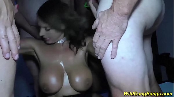 Big boobs, Sexy big boob, Milf big boobs
